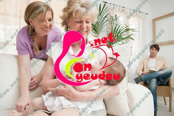 Bí quyết cho mẹ để không bị kiệt sức sau sinh