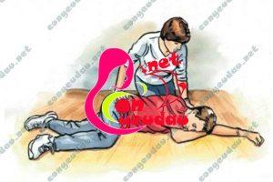 Học cách sơ cứu khẩn cấp cho trẻ trong tình huống nguy hiểm