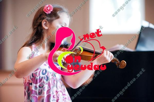 Lợi ích từ việc phát triển tư duy cho trẻ bằng âm nhạc