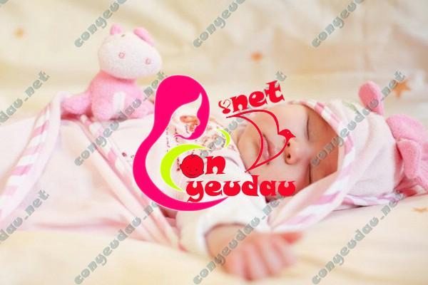 Những bí quyết chăm sóc trẻ cho mẹ sinh con lần đầu