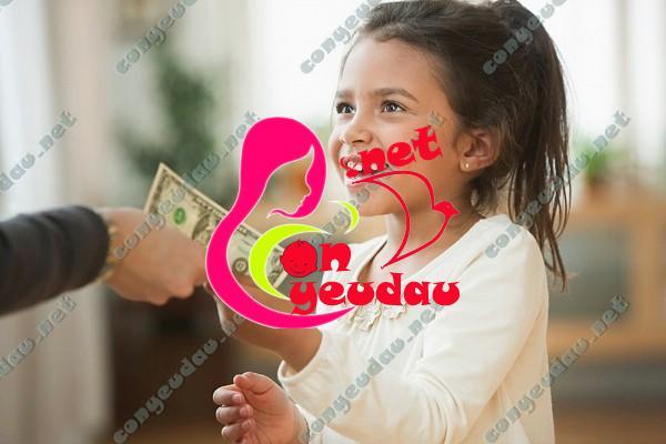 Dạy trẻ biết quý trọng và làm chủ tiền từ khi còn nhỏ