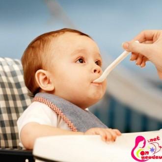 Chế độ dinh dưỡng cho trẻ giai đoạn cai sữa mẹ