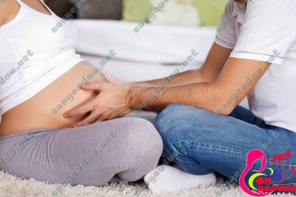 Lợi ích tuyệt vời khi bố trò chuyện với thai nhi trong thai kỳ