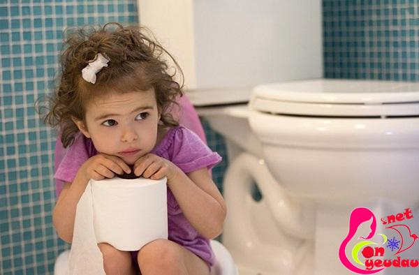 Thực phẩm giúp trị hiệu quả táo bón cho trẻ mẹ nên biết